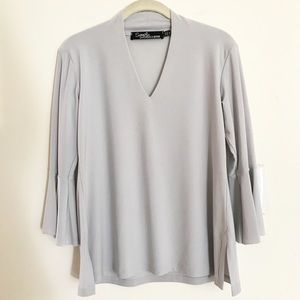 Sympli Gray V Neck Ruffled 3/4 Sleeved Top Sz 6